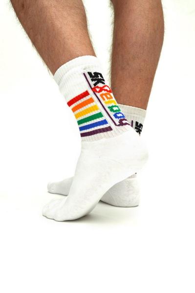 77442430_4sneakerporn_pride_socks_1.jpg
