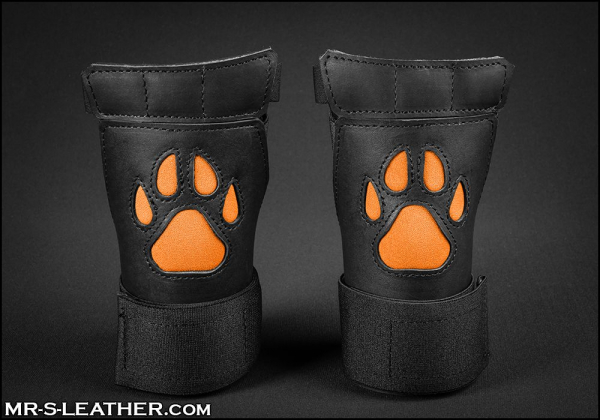 SNEO615o_open_paw_puppy_glove_orange_1.jpg