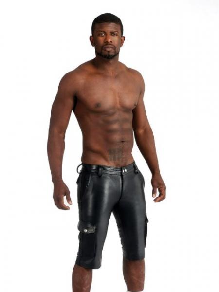 77114300_leather_cargo_short_black_3.jpg