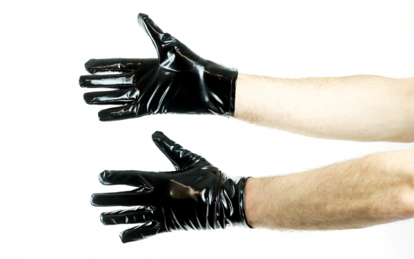 77407812_mr_riegilio_pvc_gloves_6.png
