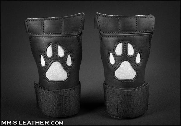 SNEO615w_open_paw_puppy_glove_white_1.jpg