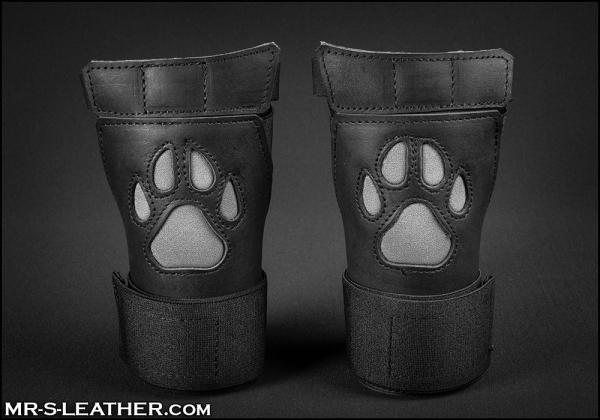 SNEO615g_open_paw_puppy_glove_grey_1.jpg