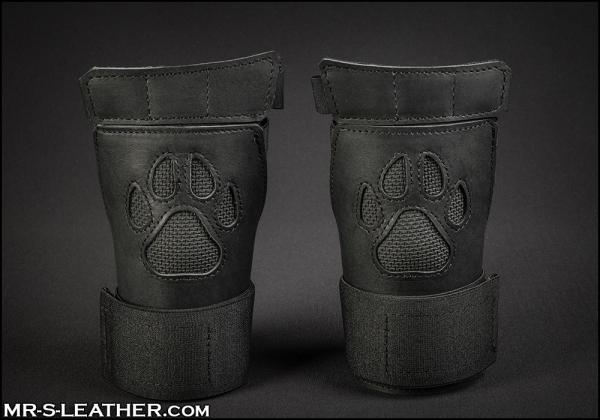SNEO615k_open_paw_puppy_glove_black_1.jpg