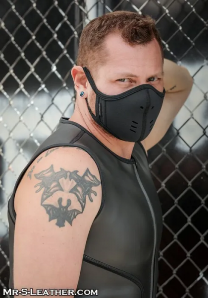 Sneo430k_Neoprene_Face_Mask_black_black_1.png