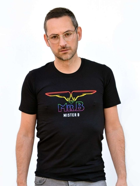 77824180_Pride_Rainbow_T_Shirt_Black_1.jpg