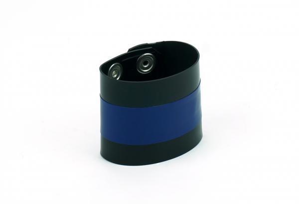 VABWR01B0B0U83_VAST_armband_mit_streifen_schwarz_blau_2.png